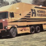 Designed and developed 30 years ago by Henred Fruehauf. Note the wind deflection features around the cab of the Mack truck tractor curving around the trailer – and the side-skirting. And this was 30 years ago.