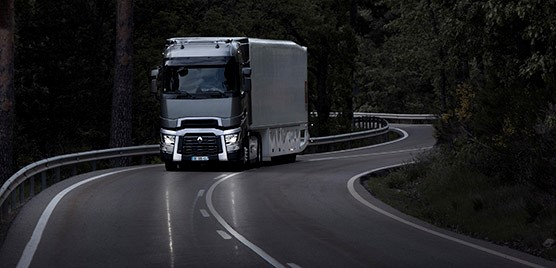 The Renault Trucks T: International Truck of the Year Truck of the Year 2015