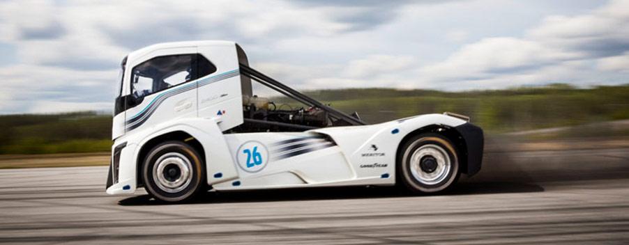 Volvo breaks records