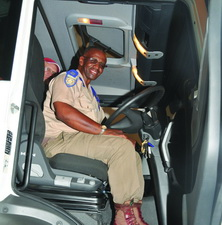 Real comfort was the verdict of this traffic official after trying out the driver's seat of the MAN 27.480. If only all cabs could stay as neat as this.
