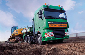The XF105 for heavy and long distance haulage is available as a 6x4 truck tractor powered by a 460hp PACCAR MX engine.