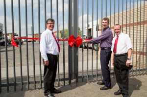Philip Michaux, CEO of Imperial Auto & Car Rental, officially opens the Johannesburg Truck & Bus Centre together with Geoff du Plessis, executive chairman of MAN Truck & Bus SA (left) and Greg Mervitz, general manager of the dealership