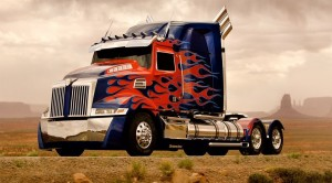 Optimus Prime, the vehicular lead character in the movie 'Transformers: Age of Extinction' morphs into a blinged-out Western Star. And the truck actually exists. Check it out here catching the attention of fans in the USA. https://www.youtube.com/watch?v=akXTnV1qJFI
