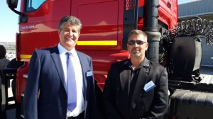 Geoff Du Plessis (left) Managing Director of MAN Truck & Bus Group with Sash Mitchell, Dealer Principal of Port Elizabeth Truck & Bus, the first independent TopUsed dealer in South Africa.