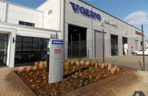 The swish looking new R45-m Volvo Group dealership which will act as a regional hub of support for the Volvo Trucks and Renault Trucks branches in Kimberley and Beaufort West.