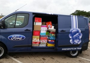 Santa Shoebox presents packed to be transported to thousands of children around the country. Last year, the two Ford Transits used in this good cause covered 7 911km, helping to deliver more than 110 000 boxes. This year the job is expected to be even bigger. Well done Ford