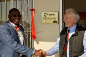 The opening of the KuPhila Clinic was attended by Emakhazeni Mayor, Hamzer Ngwenya (left), who also happened to be its first patient under the TRAC leadership. Here TRAC CEO, Graham Esterhuysen, gets a warm thanks from the mayor.