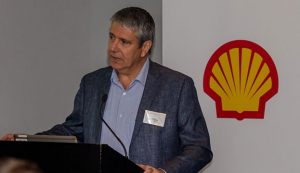 Anton Niemann, general manager sales: Commercial Lubricants at Shell, says the new Rimula R6 LM offers up to 53% better protection against engine wear and deposits, especially cam wear, and up to 45% lower oil consumption.