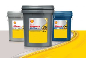 The new packaging of Shell Rimula enables customers to quickly navigate key information such as the Shell pecten, the brand name and the oil viscosity.