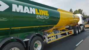 This Manline Energy rig looks smart and professional from the outside and is matched by a professional driver on the inside of the cab. The company adopts an holistic approach to excellence and is setting a good example in the industry –and it all starts with the driver.
