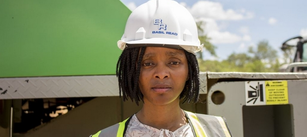 Zandile Tshabalala getting experience via SANRAL in pursuing her dream of being a qualified engineer.