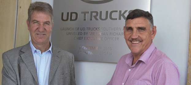 Sealing the establishment of a new dealership in Harrismith are Hugh Morgan (left), director of the Morgan Group and Gert Swanepoel, managing director of UD Trucks.