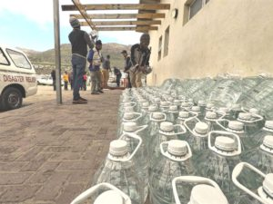 Thousands of residents from Imizamo Yethu were dealt a double blow, firstly from the water shortage and secondly from their informal homes being destroyed in a number of fires. The donation of 50 000 litres of water brought some welcomed relief.