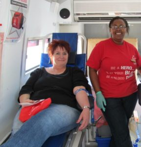 Help put Uitenhage on the world map by donating blood at Engen Penford. Apart from trying to set a new world record, more importantly is that your donation could save a life. That has to be worth a pint.