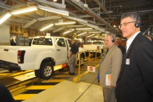 Isuzu Motors South Africa CEO and Managing Director Michael Sacke (right) hosted Minister of Trade and Industry Rob Davies during a tour of the newly celebrated Isuzu Motors South Africa production facility in Struandale, Port Elizabeth.