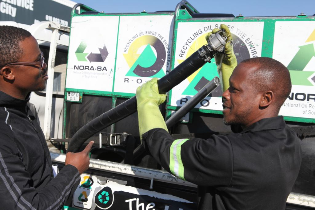 ROSE oil collectors ensuring the safe transport of used oil. ROSE licensed used oil collectors must confirm to SANS 10232 - legislation which governs the placarding and documentation of vehicles carrying Dangerous Goods.