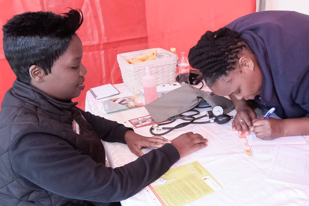 Prudence Dumbo (left) popped in for a health check during the Engen Driver Wellness campaign held at the Engen Highveld 1 Stop West in Kempton Park, Johannesburg.