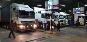 This picture doesn't really do justice to the number of trucks that were waiting at the pumps at Highway Junction on the evening of October 2nd to fill up to beat the midnight price hike. Many thousands of Rands were saved across the board by those trucks which did manage to fill before 12h00.