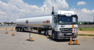 Another safe fuel drop by Reef Tankers. The company won the 2018 CAIA Responsible Care Haulier Award.