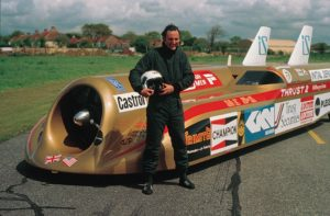 In 1983 Richard Noble raises the World land speed record to 633mph (1 020kmh) in Thrust II.