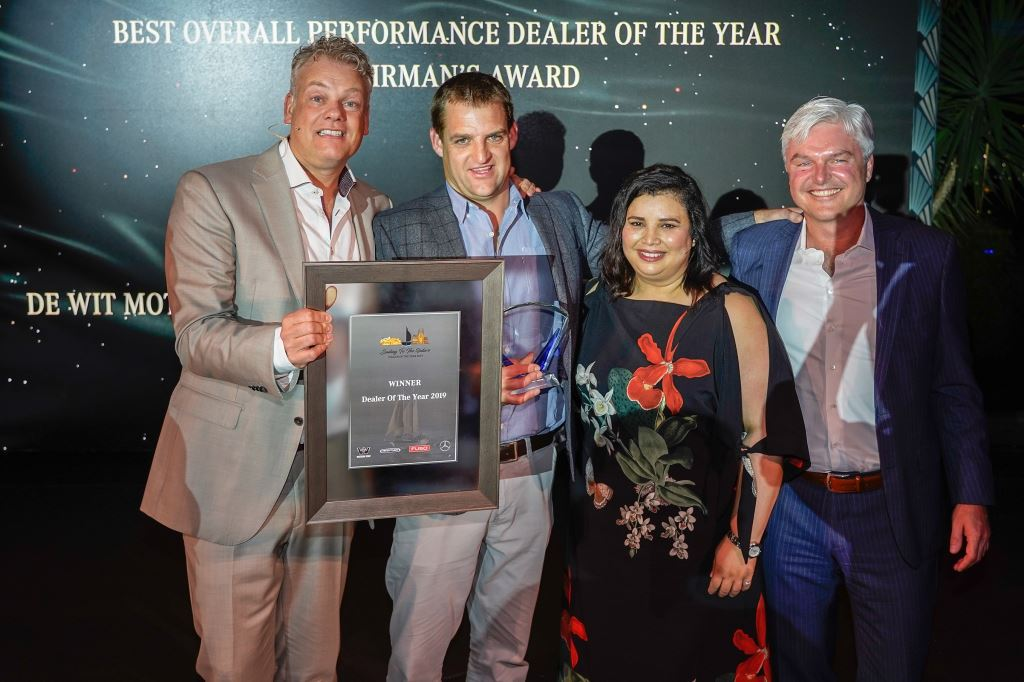 It was a proud moment for De Wit Motors, Ermelo when Jasper Hafkamp, CEO Daimler Trucks and Buses Southern Africa (left), handed over the Dealer of the Year award to Marnus Coetzer, De Wit Motors' dealer principle. On Coetzer's right is Nadia Trimmel, vice president Mercedes-Benz Vans South Africa and Joerg Essig, CEO of Mercedes-Benz Financial Services.