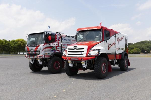 Besides further improving its already successful 500 Series racing truck (left), the Hino Team Sugawara has developed a new truck based on the North America-exclusive Hino 600 Series with a bonnet-type cab. Both models will be competing in the Silk Way Rally which follows a route through Russia, Mongolia, and China over 10 days from July 6th to 16th .
