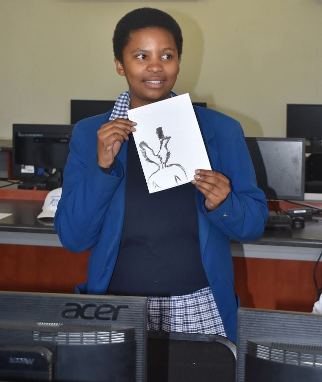 Nhlanhla Kunene, one of the grade 12 learners from Alexander High during the visual art workshop.