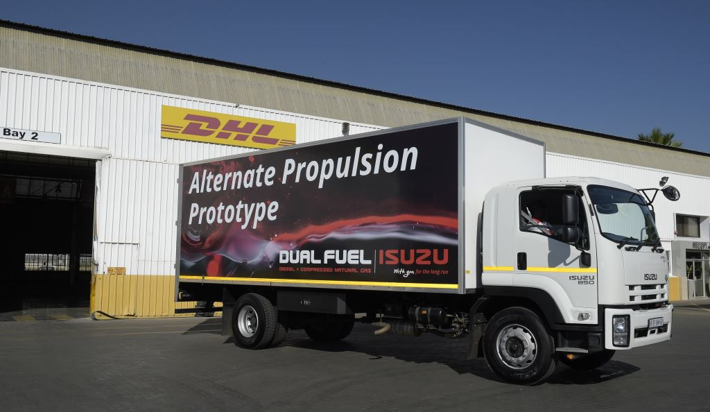 Based on the popular Isuzu FTR 850 AMT model, the 850 Diesel Dual Fuel model is a locally developed dual fuel truck which uses Diesel Dual Fuel technology using a D-gid ECU system with the ability to run the engine on a mixture of diesel and natural gas.
