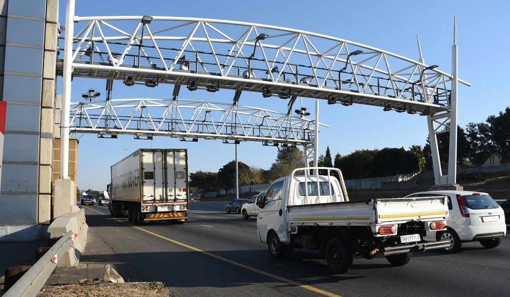 In an open letter to the Minister of Transport, the Automobile Association of South Africa says there is not now - nor will there ever be - a collection system based on the gantries and Electronic Toll Collection's model of collection that will work.