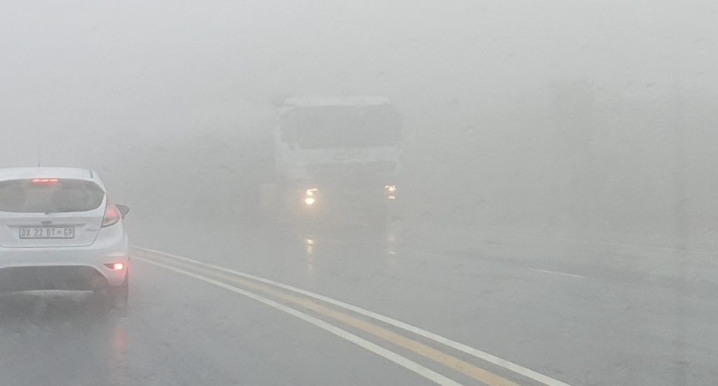 Driving down Van Reenen's pass on the N3 during the day when the sun is shining is a pure delight. However, when the mist and rain sets in, it gets dangerous and scary with visibility dropping to mere metres, as this picture shows. And this was taken during the day with the sun trying to shine through. It was conditions such as these – but worse as it was late at night - that Ingrid Hope found herself in when three truck drivers came to her rescue and escorted her safety down the pass. Three cheers to those truck drivers.