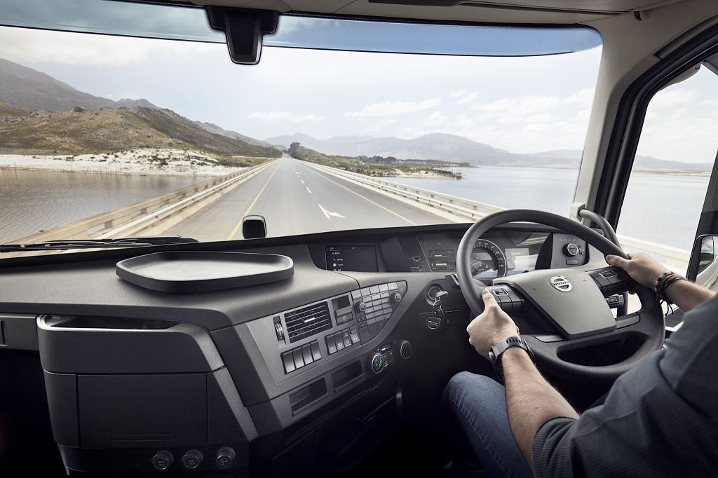 The new Volvo Torque Assist, which will be introduced on locally-produced Volvo trucks from January 2020, is intended to reduce fuel consumption by providing more efficient driving when the cruise control is disabled in long haul operations.
