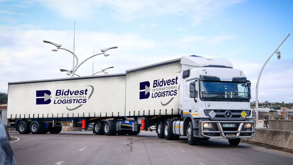 A good looking link decked out in the new livery of Bidvest International Logistics. Bidvest Panalpina Logistics is no longer. It is now Bidvest International Logistics.