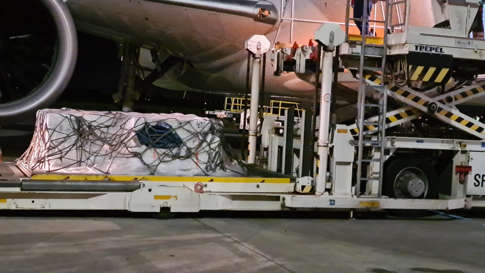 The first batch of the 80 000 doses of the Johnson & Johnson vaccine are offloadeThe first batch of the 80 000 doses of the Johnson & Johnson vaccine are offloaded at OR Tambo airport.d at OR Tambo airport.