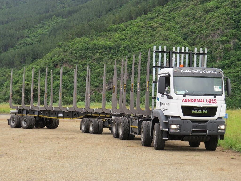 The Performance-based standards (PBS) pilot project started in 2007 with two PBS vehicles operating in the forestry industry in KwaZulu-Natal. Around 600 trucks are now operating throughout the nine provinces.