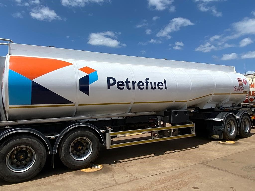 Following its acquisition by Petredec, Quest has now become part of the Petrefuel group of companies.