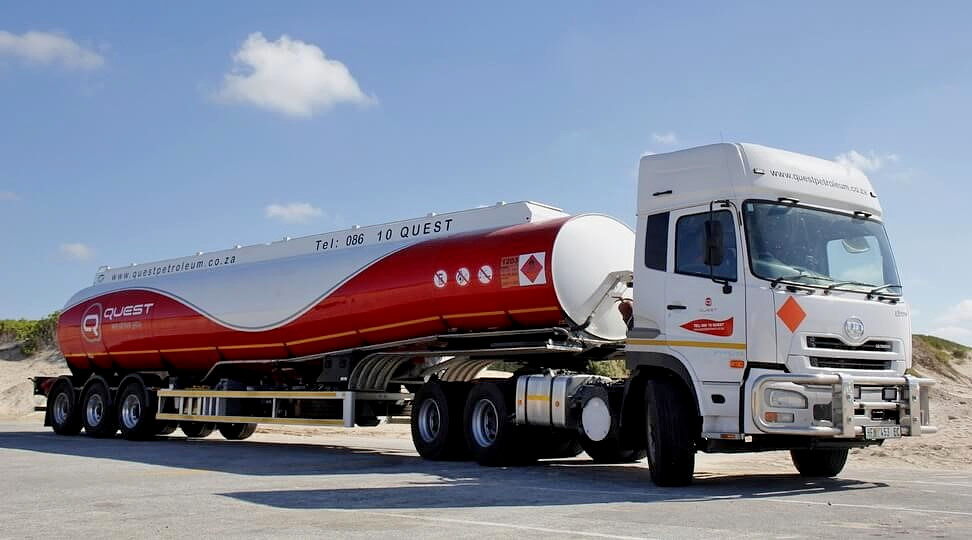 Quest Petroleum was founded in 2005 by Shaun Hitzeroth and Jay Smith distributing lubricants in the Port Elizabeth area. It entered the fuels market in 2007 to distribute diesel, petrol, illuminating paraffin and LPG across the Eastern Cape and Free State.