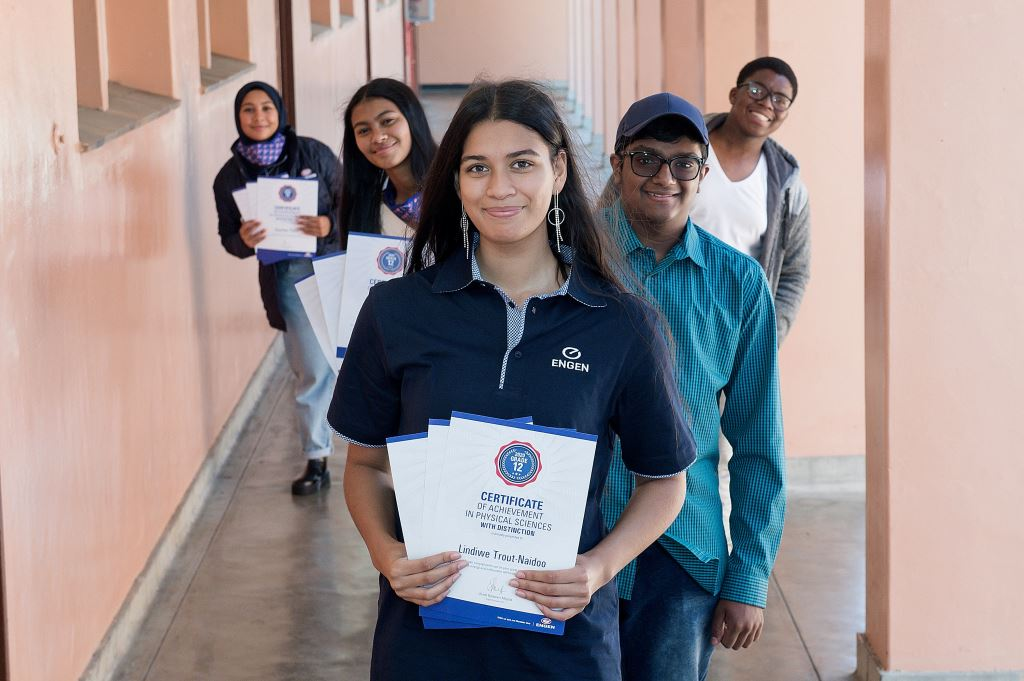 Huge congratulations to the top five Engen Maths and Science Schools programme students for 2020, from left: Kauthar Floris, Kirsten Prins; Lindiwe Trout-Naidoo; Thiyashan Pillay and Sibulele Solilio.