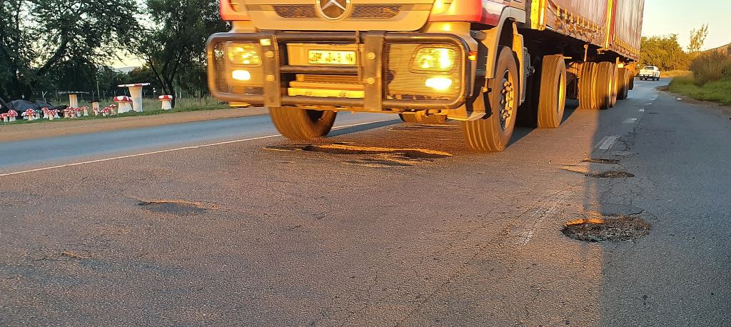 Bad roads are adding huge costs to the maintenance bills of South African truck operators.