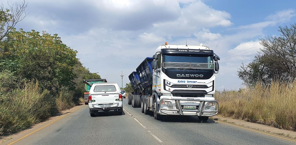 Up north AFCL RSA has been used to finance heavy commercial vehicles, construction equipment and agricultural machinery but in South Africa, the focus will be on financing Tata and Daewoo trucks and buses.