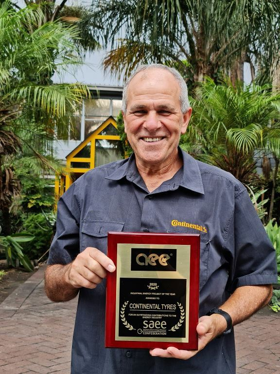 CTSA Team Leader Attie Els has a lot to smile about – and it's in his hands.